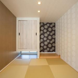 勾配天井で開放的なリビングのあるお家